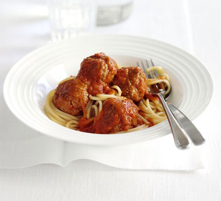 Pork meatballs in red pepper sauce