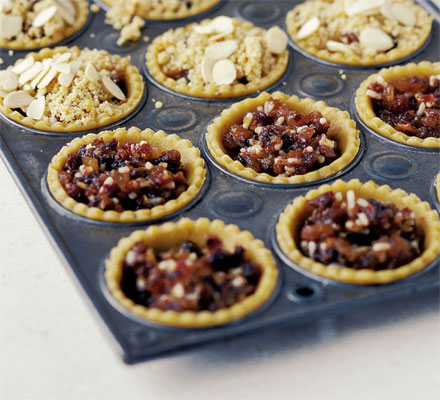 Crumbled top mince pies