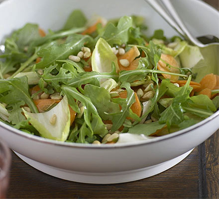 Honeyed carrot salad