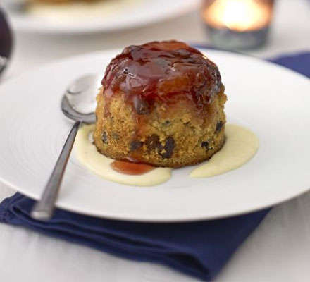 Sloe gin & fruit sponge puddings with custard