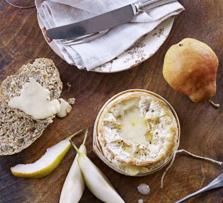 Baked cheese with quick walnut bread & pears