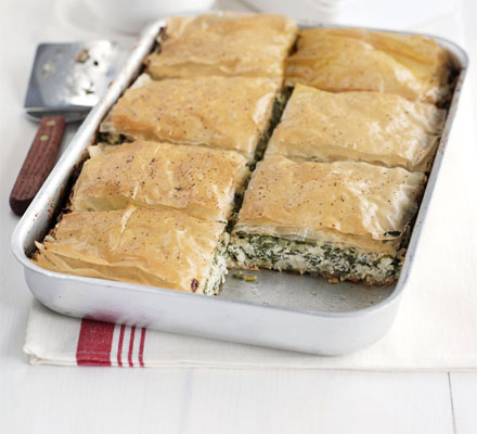 Cheesy spinach bake