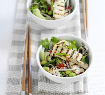 Soba noodle & edamame salad with grilled tofu