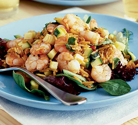 Warm rice & prawn salad