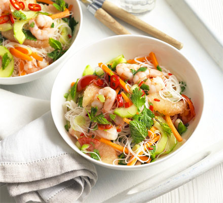 Prawn & pink grapefruit noodle salad