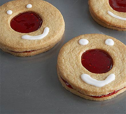 Red Nose Day raspberry cookies