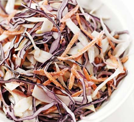 Red cabbage & fennel coleslaw