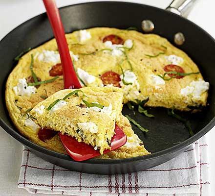 Summer soufflé omelette