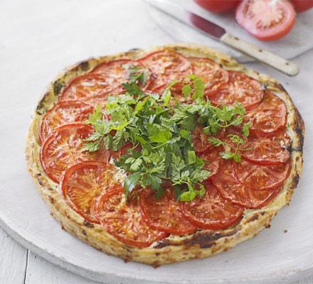 Tomato & curd cheese tart