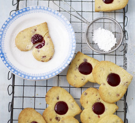 Cherry shortbread hearts