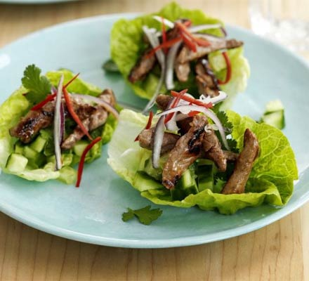 Teriyaki beef & lettuce cups
