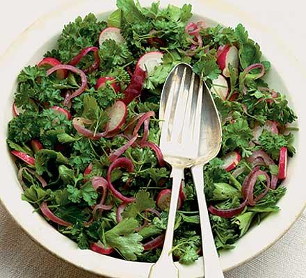 Parsley, radish & red onion salad