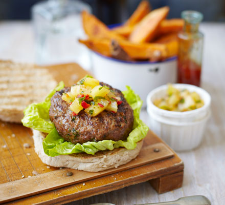 Skinny Thai burgers with sweet potato chips & pineapple salsa