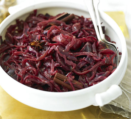 Red cabbage with beetroot