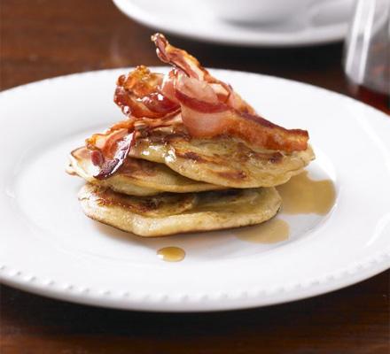 Banana pancakes with crispy bacon & syrup