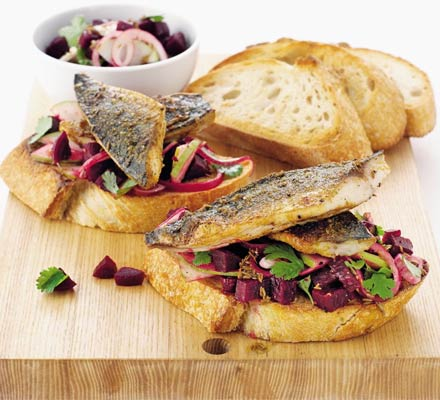 Spiced mackerel on toast with beetroot salsa