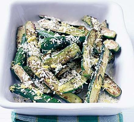 Melting cheese courgettes