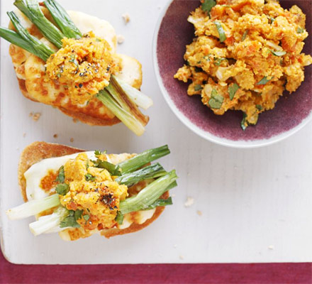 Spring onion & halloumi bruschetta with carrot & saffron salsa