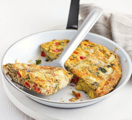 Artichoke & roasted red pepper soufflé omelette