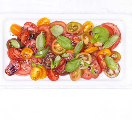 Rainbow tomato salad