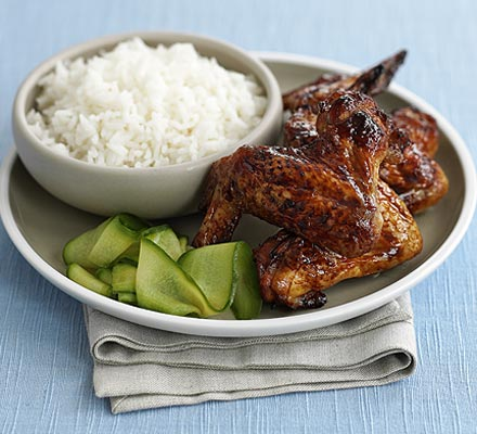 Sticky Chinese wings & cucumber