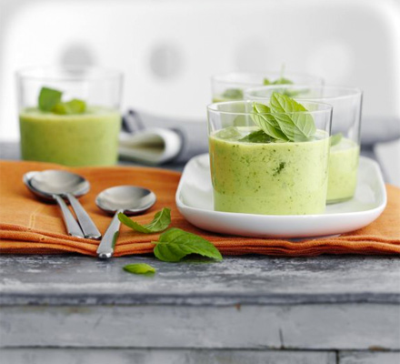 Chilled cucumber & mint soup