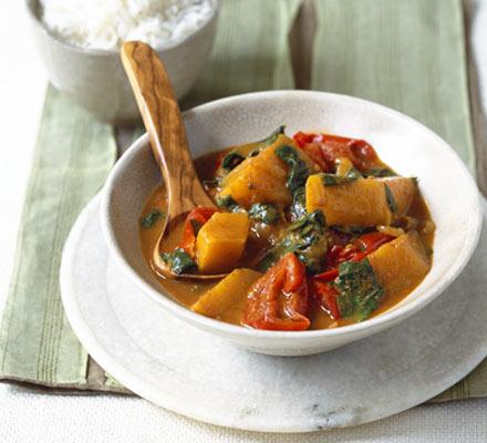 Tomato, squash & spinach curry