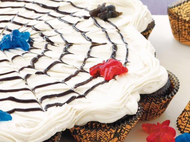 Spiderweb Pull-Apart Cake