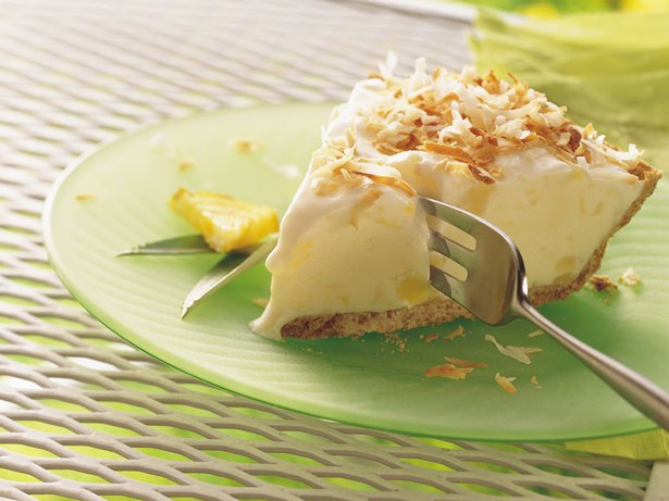Piña Colada Ice-Cream Pie