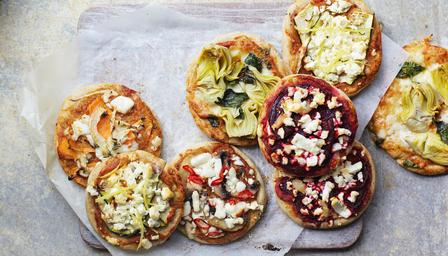 Healthy mini pizzas