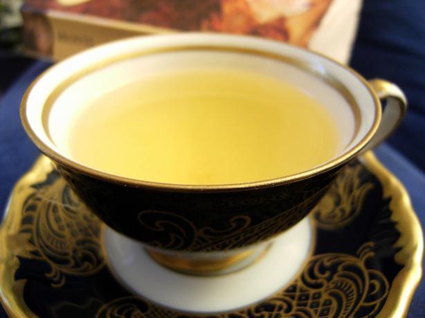 Ginger Saffron Tea
