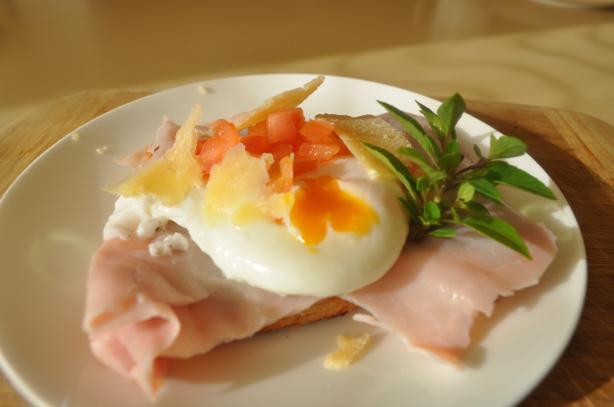 Tuscan Poached Egg