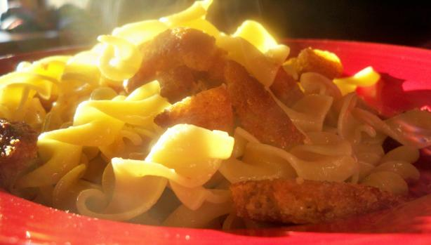 Egg Noodles With Crispy Croutons