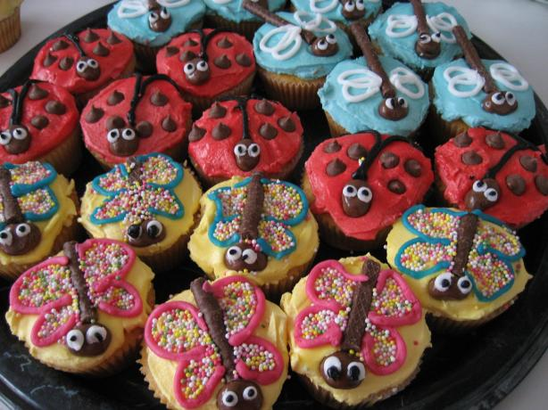 Butterflies, Ladybird and Dragonfly Cupcakes/Fairycakes