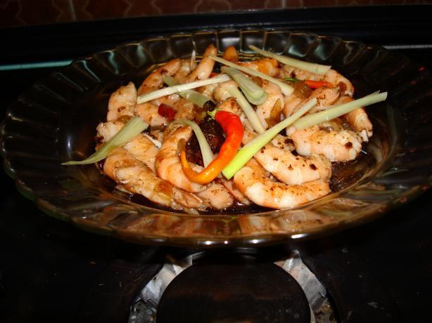 Thai Stir - Fried Prawns With Tamarind