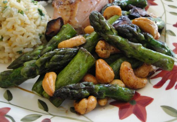 Asparagus With Cashews