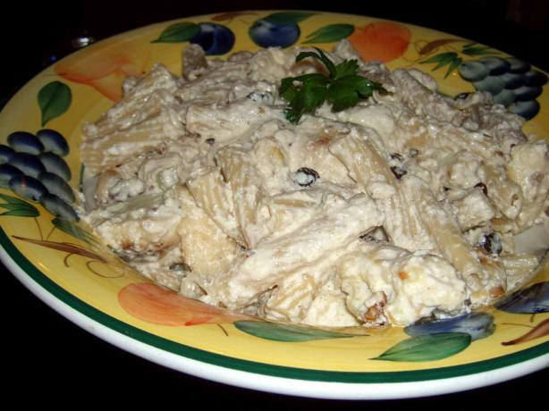 Pasta With Cauliflower, Currant and Nuts