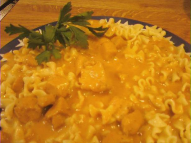 Aunt Sara's Chicken Paprikash