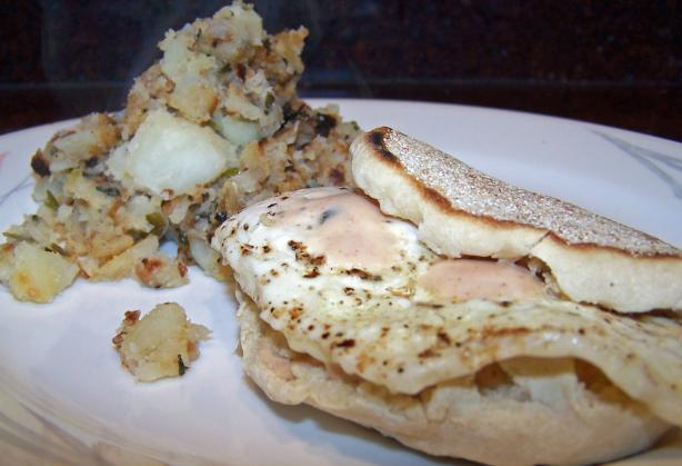 Greaneyes Chipotle Tabasco Egg Sandwich