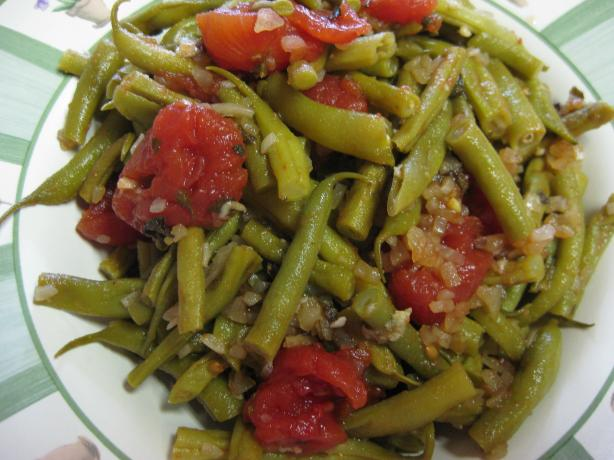 Fresh Green Beans With Tomatoes and Oregano