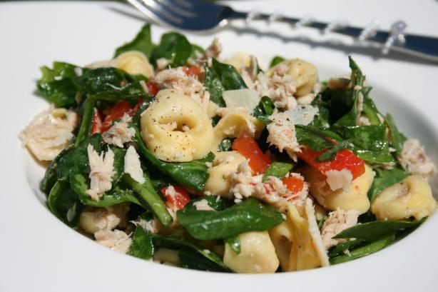 Tuna and Spinach Tortellini Salad