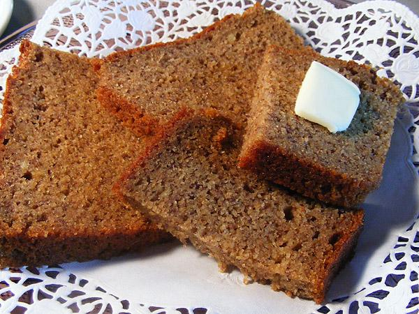 Dorothy's Banana Nut Bread