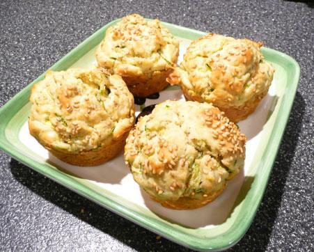 Zucchini-Sesame-Muffins