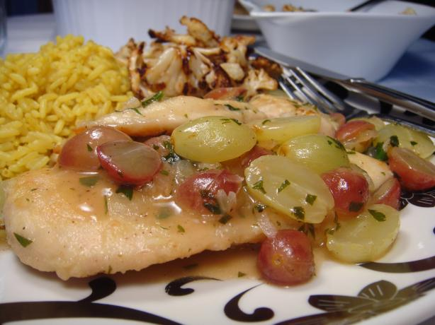 Nif's Chicken Cutlets With Grape Sauce
