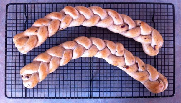 Raisin-Vanilla-Plaits