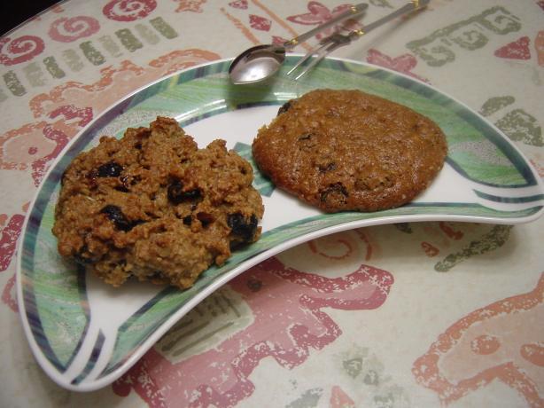 Cakey Oatmeal Raisin Cookies