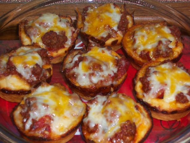 Rich and Meaty Pizza Cup Snacks
