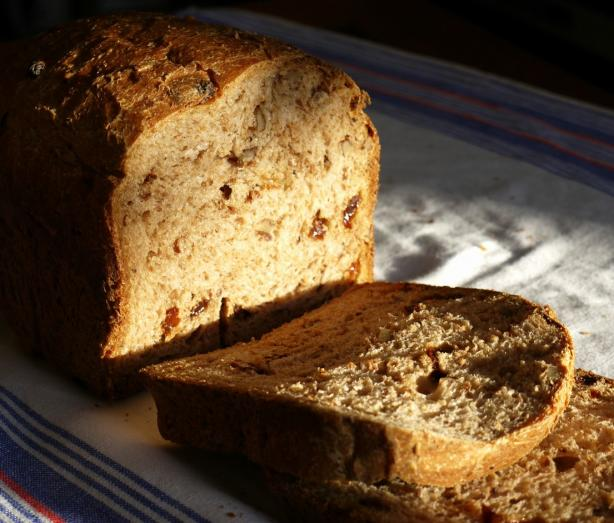 Walnut and Sultana Bread Machine Bread
