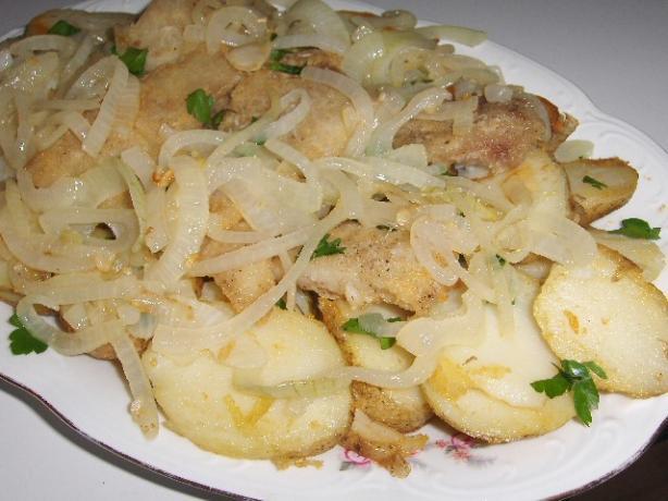 Bacalhau a Algarvia - Golden Codfish With Potatoes