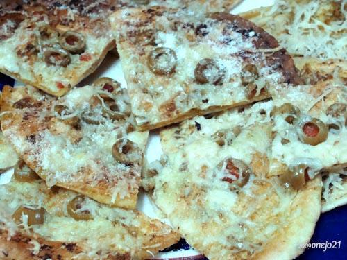 Crunchy Pesto Flats